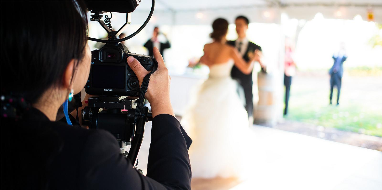 kak-vybrat-fotografa-na-svadbu